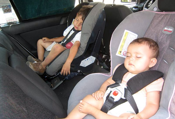 Rear facing  car seats and leg space for your child
