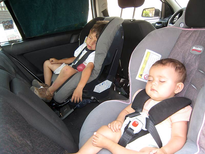 rear facing car seats and leg space for your child. Black Bedroom Furniture Sets. Home Design Ideas