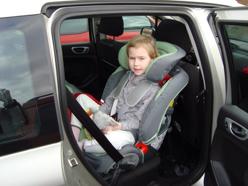 Rear facing car seats and leg space for